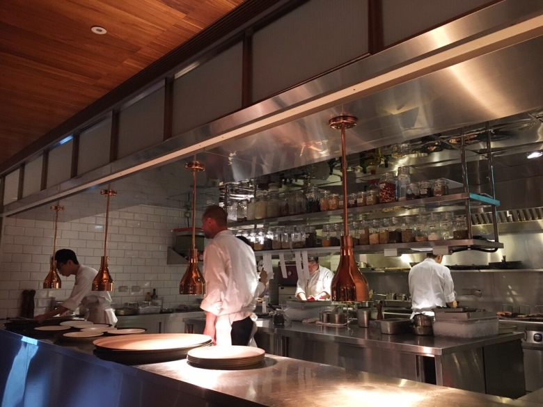 HYG餐廳也找來米其林2星主廚米格爾馬貝利Mikkel Maarbjerg駐店,以及明星主廚尼可萊寇克Nicholas Kirk擔綱顧問,打造星級加持的北歐菜餚。